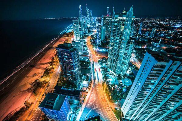 Skyline de Australia de noche